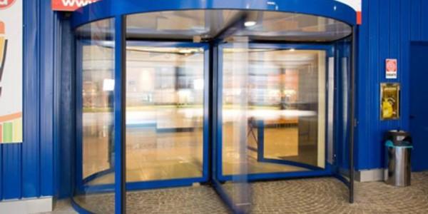 porta-automatica-girevole-centri--commerciali-treviso-venezia-padova-belluno-faac