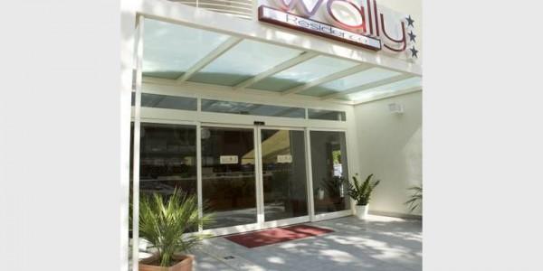 porta-automatica-scorevole-hotel-albergo-treviso-venezia-padova-belluno-faac