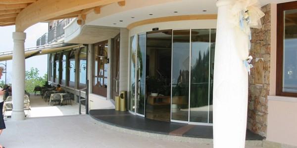assistenza-tecnica-fornitura-montaggio-porta-automatica-rototraslante-ingresso-ospedali-case-di-cura-camping-treviso-venezia-padova-belluno