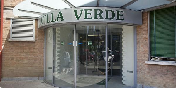porta-automatica-girevole-hotel-centro-congressi-treviso-venezia-padova-belluno-faac