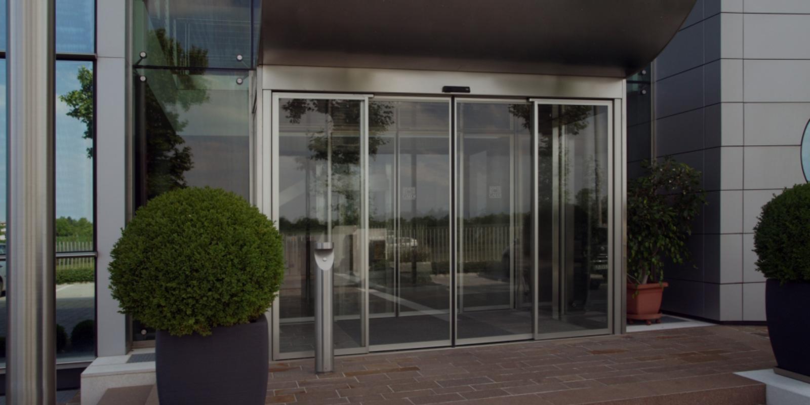 porta-automatica-scorrevole-antipanico-en-16005-treviso-venezia-belluno-hotel-albergo